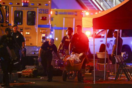 Tổng thống Donald Trump lên tiếng vụ xả súng ở Las Vegas - Ảnh 3.