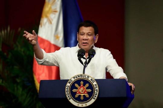 Ông Duterte sẽ tổ chức họp khẩn vụ tàu Trung Quốc đâm tàu Philippines - Ảnh 2.