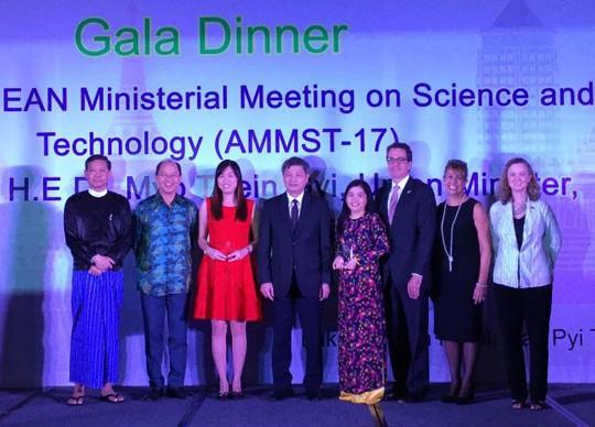 Nữ tiến sĩ ĐH Quốc gia TP HCM đoạt giải nhất Giải thưởng Khoa học ASEAN - Mỹ - Ảnh 1.