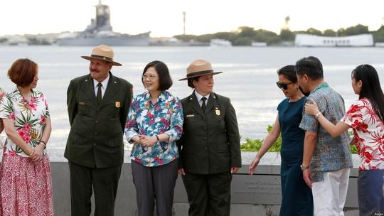 Lãnh đạo Đài Loan ghé Mỹ bất chấp Trung Quốc phản đối - Ảnh 1.