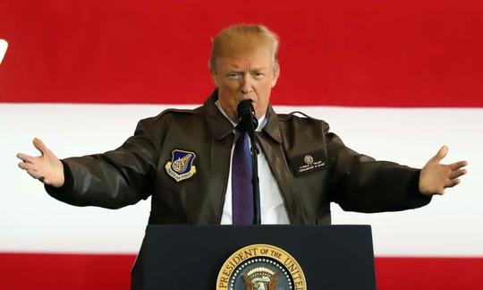 """Tổng thống Donald Trump sẽ """"ngồi xuống nói chuyện với ông Kim Jong-un"""" - Ảnh 1."""