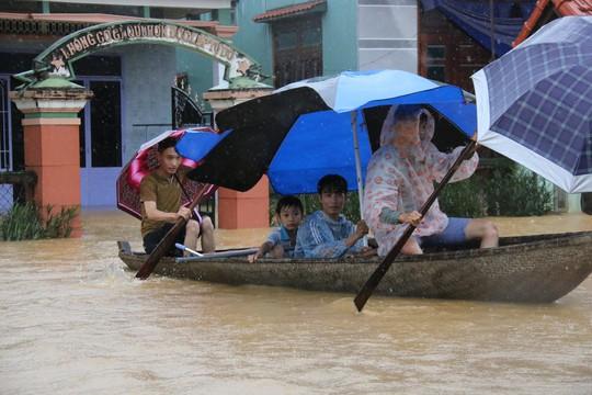 Quảng Nam bác đề nghị tổ chức kỷ niệm ngày Nhà giáo Việt Nam - Ảnh 1.