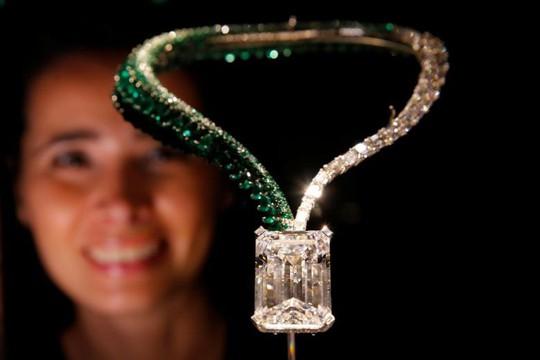 Kim cương khổng lồ giá 33,7 triệu USD - Ảnh 1.