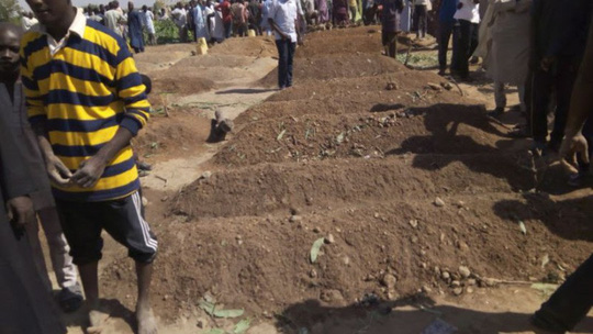 Đi cầu nguyện buổi sáng, hơn 50 người chết - Ảnh 1.