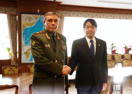 Tư lệnh Nga chỉ trích Mỹ, Nhật Bản và Hàn Quốc tập trận - Ảnh 1.