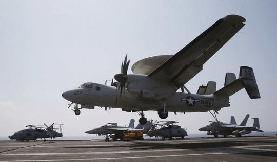 Những hình ảnh ấn tượng của hải quân Mỹ năm 2017 - Ảnh 5.