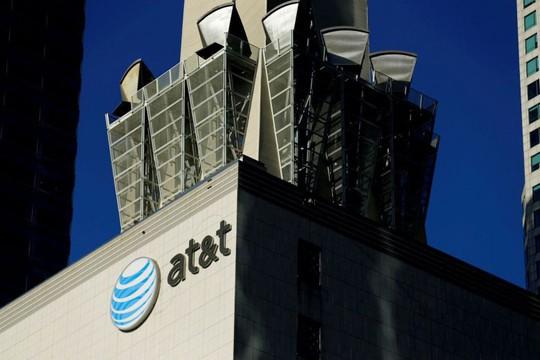 Sắp được giảm thuế, công ty Mỹ thưởng tiền cho nhân viên - Ảnh 1.