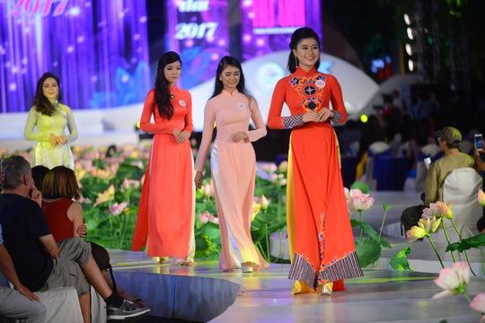 Hội thi được chia làm 3 bảng khác nhau. Trong đó bảng A1 dành cho nữ từ 18-25 tuổi