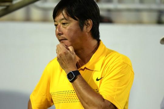 HLV Huỳnh Đức lo lắng trước trận gặp HAGL