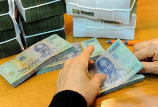 Sổ tiết kiệm bốc hơi: Người gửi tiền cẩn thận trước nạn lừa đảo - Ảnh 1.
