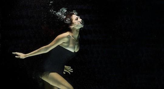"""Nước """"thần kỳ"""" giúp con người hít thở như cá - Ảnh 1."""