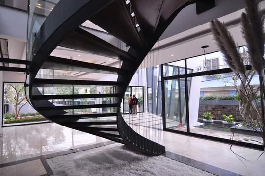 Biệt thự 700 m2 thiết kế tinh tế ở Hà Nội - Ảnh 11.