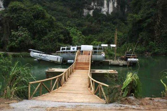Chiếc máy bay xuất hiện trong phim Kong: Skull Island