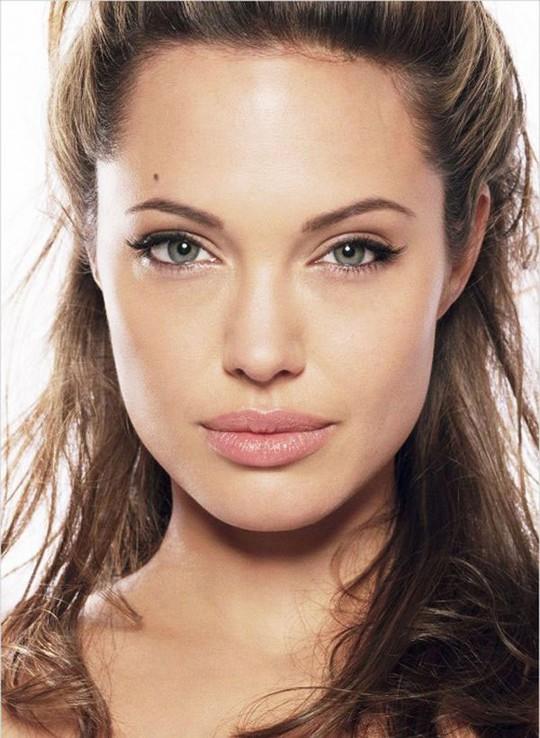 Angelina Jolie - Phim mới và tình yêu tái hợp - Ảnh 1.