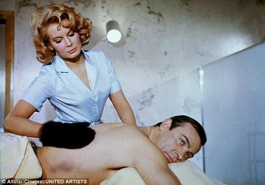 Bond girl Molly Peters qua đời - Ảnh 1.
