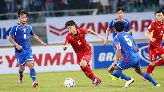 Nhờ có bàn thắng may mắn của Công Phượng, tuyển Việt Nam mới thoát được trận thua trước Đài Loan dù tạo ra nhiều cơ hội Ảnh: Hải Anh