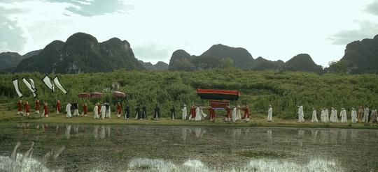 Victor Vũ phô diễn vẻ đẹp Quảng Bình trong phim mới - Ảnh 10.