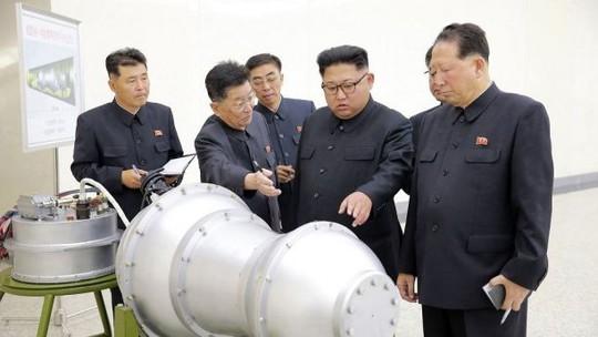 Nhật Bản lo khách không mời từ Triều Tiên - Ảnh 1.