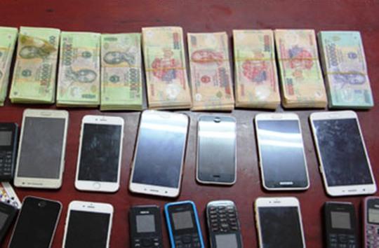 Số tiền và tang vật liên quan được Công an Thanh Hóa bắt giữ