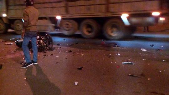 Hiện trường vụ tai nạn làm 2 người chết, 1 người nguy kịch