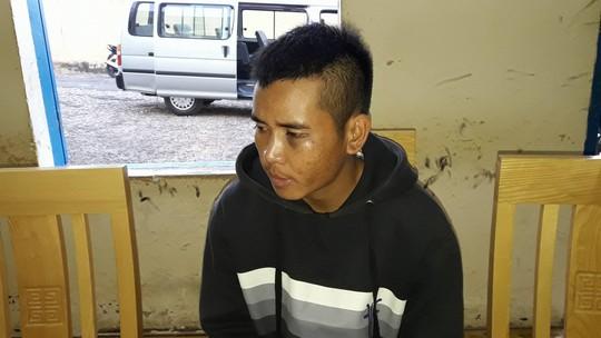 Ya Nghĩa (22 tuổi) tại cơ quan công an.