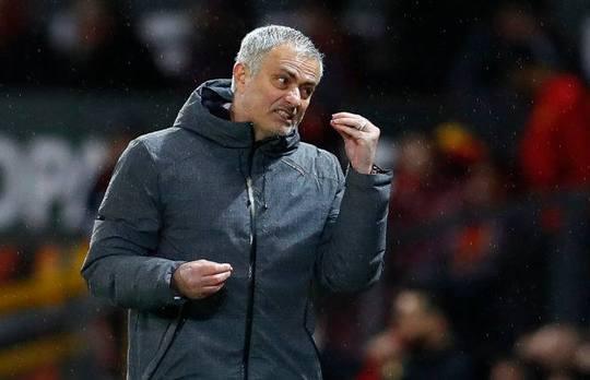 Mourinho bức xúc với lịch thi đấu dày đặc