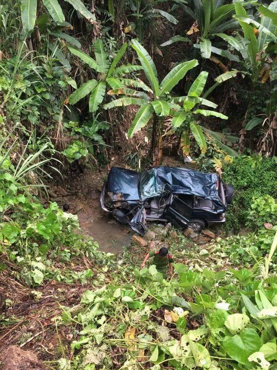 Ô tô chở lãnh đạo EVN lao xuống vực sâu, 4 người bị thương