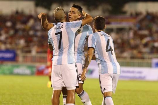 U22 Việt Nam không ghi nổi bàn danh dự trước U20 Argentina - Ảnh 1.