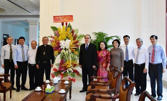 Bí thư Nguyễn Thiện Nhân thăm, chúc mừng lễ Giáng sinh - Ảnh 3.