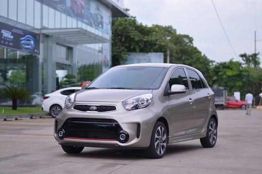 Liên tục giảm giá, ô tô cỡ nhỏ ngày càng rẻ - Ảnh 1.