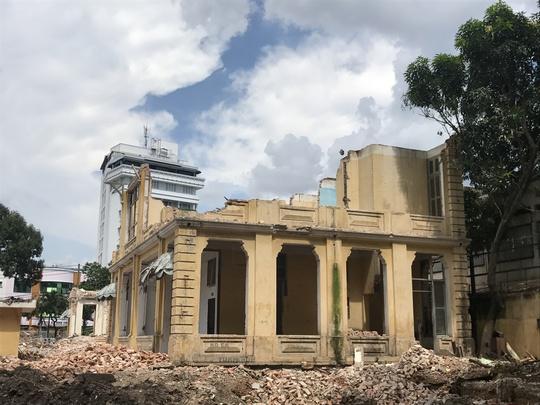 UBND TP HCM ra tối hậu thư vụ phá biệt thự cổ - Ảnh 1.