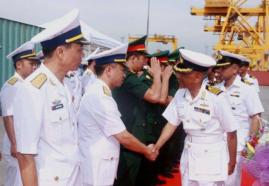 Tàu Hải quân Ấn Độ thăm thành phố Hải Phòng - Ảnh 3.