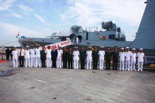 Tàu Hải quân Ấn Độ thăm thành phố Hải Phòng - Ảnh 5.