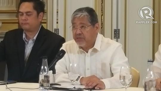 Quyền Ngoại trưởng Philippines Enrique Manalo trả lời họp báo tại Thái Lan hôm 22-3. Ảnh: RAPPLER
