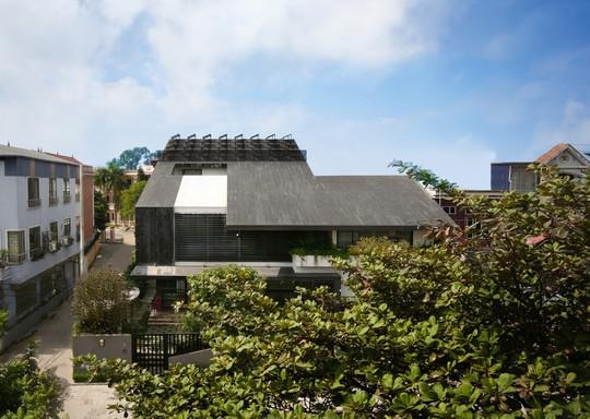 Biệt thự 700 m2 thiết kế tinh tế ở Hà Nội - Ảnh 2.