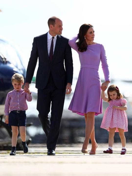 Hoàng tử William sắp có con thứ ba - Ảnh 4.