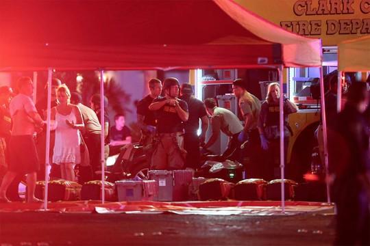 Tổng thống Donald Trump lên tiếng vụ xả súng ở Las Vegas - Ảnh 2.