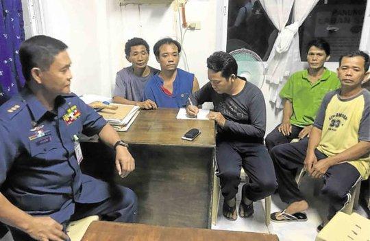 Vụ 2 ngư dân Việt bị bắn chết: 10 lính Philippines chịu trách nhiệm - Ảnh 1.