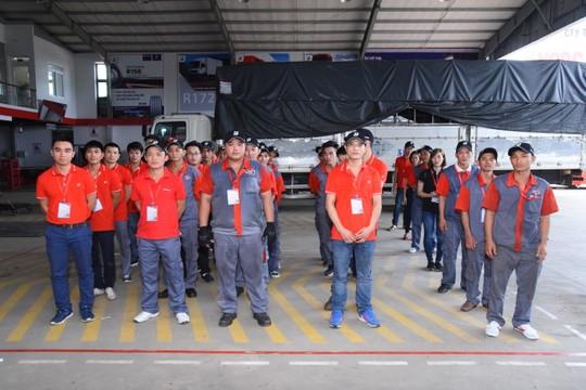 Bridgestone tổ chức Hội thi tay nghề dành cho kỹ thuật viên lốp xe tải, buýt - Ảnh 1.