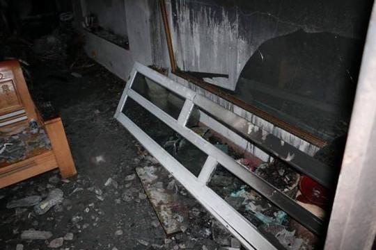 Cháy nhà lúc rạng sáng, vợ chồng và 2 con tử vong - Ảnh 2.