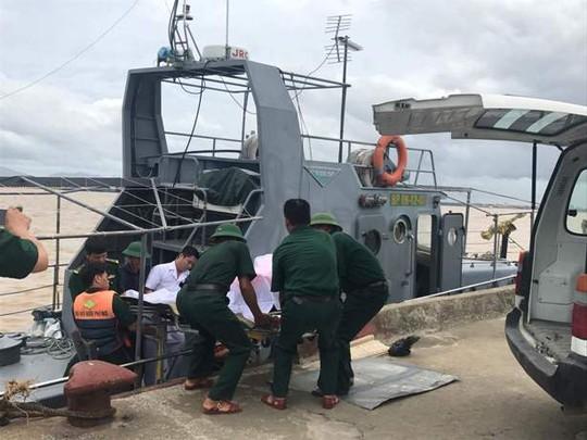 Chìm tàu 4.700 tấn: Tìm thấy 3 thi thể - Ảnh 4.