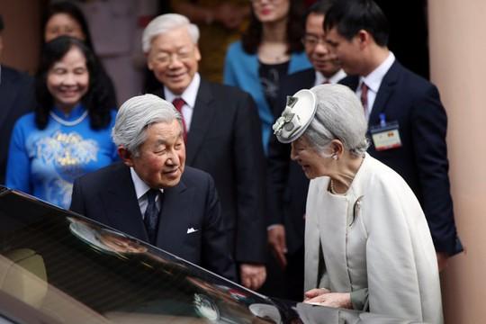 Nhật hoàng dự tiệc trà cùng Tổng Bí thư Nguyễn Phú Trọng