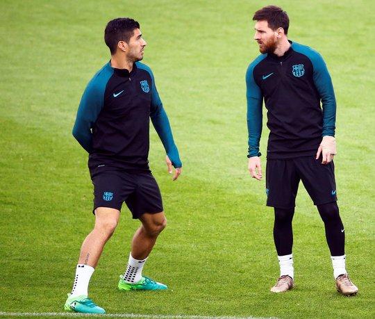 Suarez và Messi, 2 ngôi sao trong bộ ba hủy diệt của Barcelona