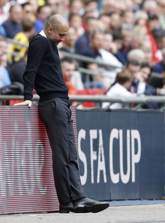 HLV Guardiola thất vọng