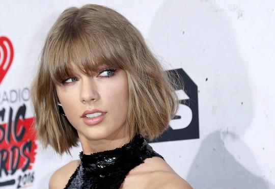 Taylor Swift phản bác đơn kiện đạo nhạc - Ảnh 1.
