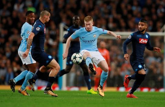 Nhẹ nhàng hạ Napoli, Man City đứng đầu bảng F - Ảnh 5.