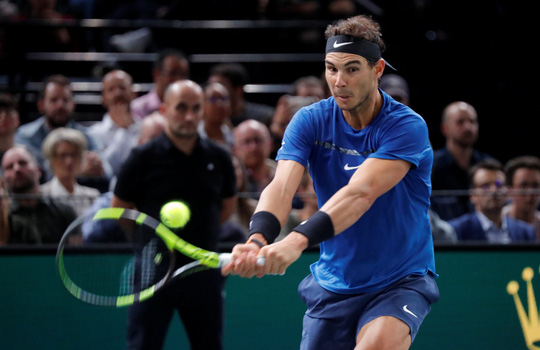 Nadal vào tứ kết Paris Masters 2017 - Ảnh 1.