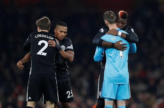 Siêu thủ môn De Gea cứu thua cho M.U - Ảnh 4.
