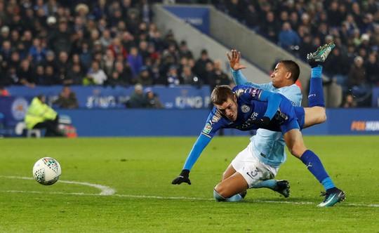 Hạ Leicester trên chấm 11 m, Man City tiến vào bán kết Cup Liên đoàn - Ảnh 1.