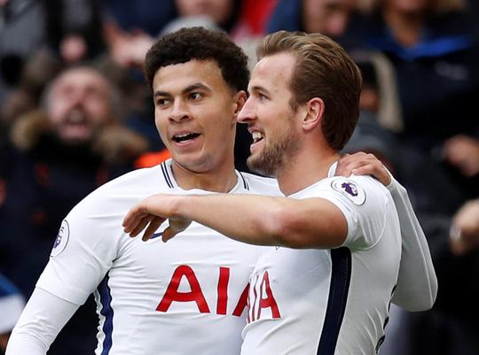 Kane tỏa sáng, Tottenham thắng tưng bừng Ngày Tặng quà - Ảnh 1.
